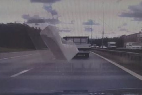 dash-cam-footage-that-was-used-to-help-to-convict-serving-police-officer