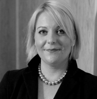 Janine-Parker,-Head-of-Paragon-International-Insurance-Brokers,-UK-Professions-Team