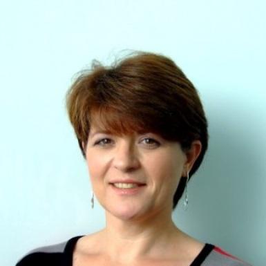 Julie Page, Managing Director, Aon UK National Business