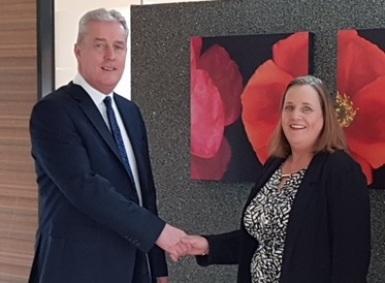 Malcolm-Cooke,-Managing-Director-of-C&C-Insurance-welcomes-Karen-James