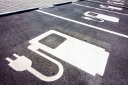 Managing-the-risks-of-electric-vehicles