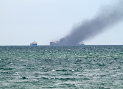 Container-ship-fire