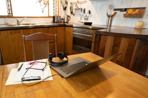 employees-working-from-home-challenges