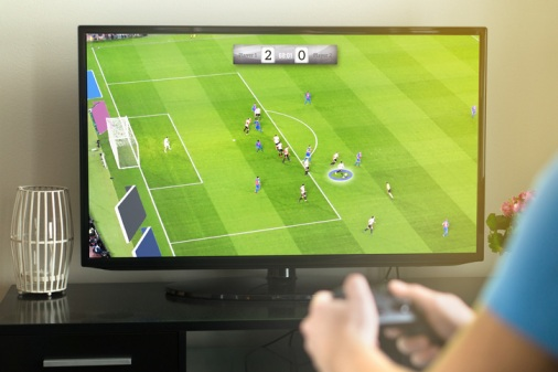 ARAG-warns-parents-about-Fortnite-and-FIFA-credit-card-spending